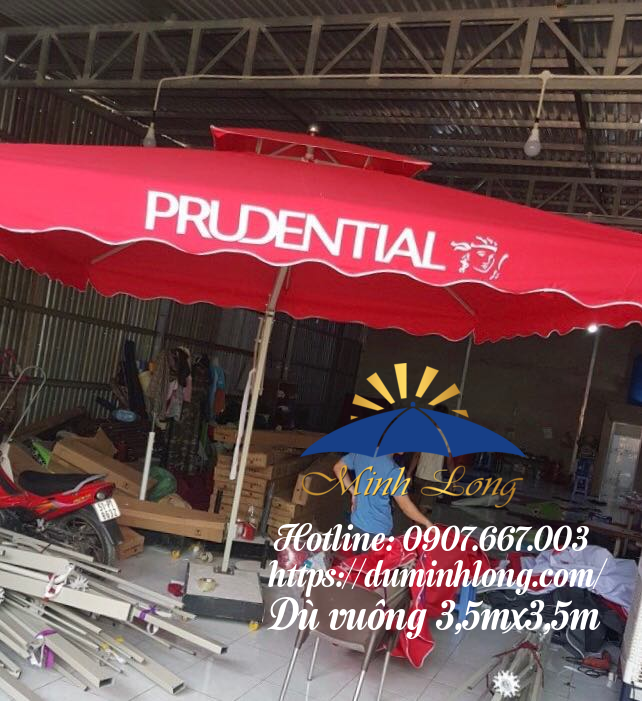 Mẫu dù vuông 3,5mx3,5m được bán tại Đà Nẵng